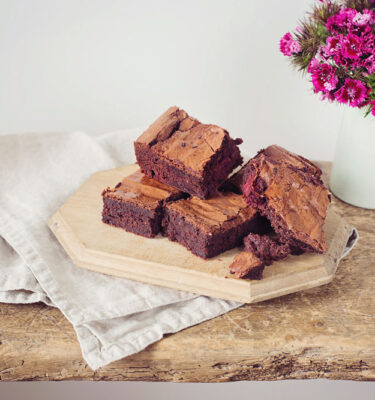 berry-beetroot-brownie